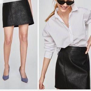 Zara Basic high waisted faux leather mini skirt S